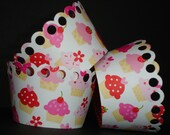12 Sweet Pink Cupcake Wrappers
