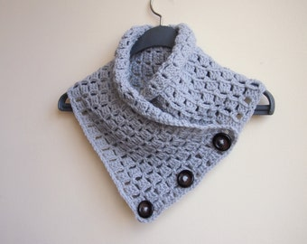 Scarf neckwarmer cowl - grey crochet vintage look buttons - men women