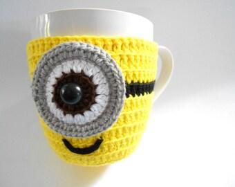 Crochet Cup cozy ONE-EYED, 7.5cm diameter, Geekery Yellow cotton yarn