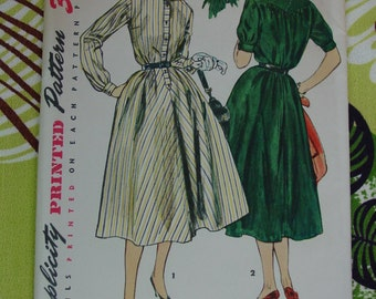 Vintage Pattern 1954 Simplicity No.4783 Dress, Size 12 Uncut
