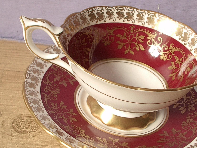 vintage english tea cup and saucer set royal by shoponsherman. Black Bedroom Furniture Sets. Home Design Ideas