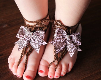 ToeGemz Pink and Brown Damask Toe Bows
