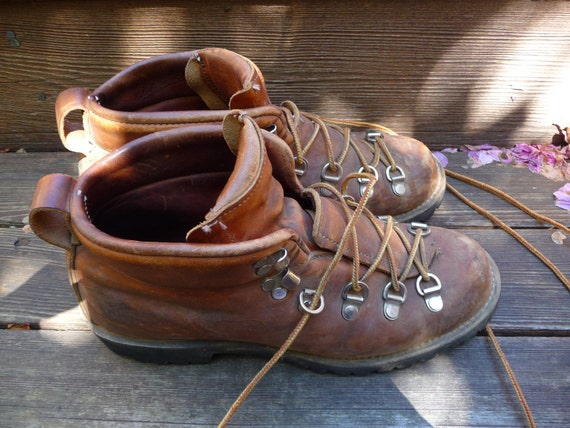 Vintage 80s Danner Hiking Boots Mountaineer Boots Rugged Work