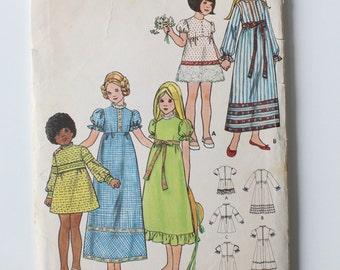 Vintage Girls High waist dress, size 4, Butterick 6272