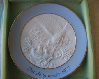 Vintage Lladro Mother's Day Plate 1972 in Original Box