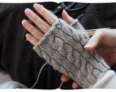 fingerless gloves movie tutorial kit, learn to knit cabled handwarmers. heather grey, more colours. medium length. old school.