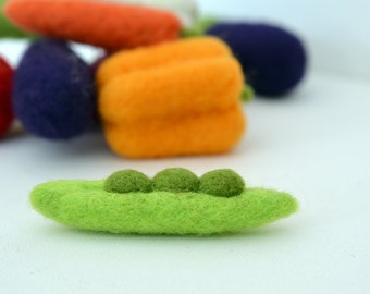 Play Food Felted Wool  Vegetable - Green Pea