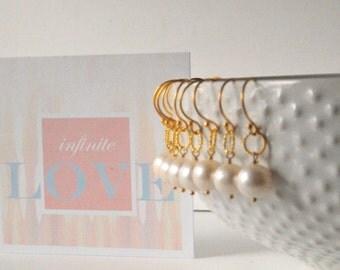 Simple Dainty Pearl Bridesmaid Earrings/Bridesmaid Gifts and Favors/Gold Pearl Bridal Earrings/Fabulous Pearl Bridal Earrings