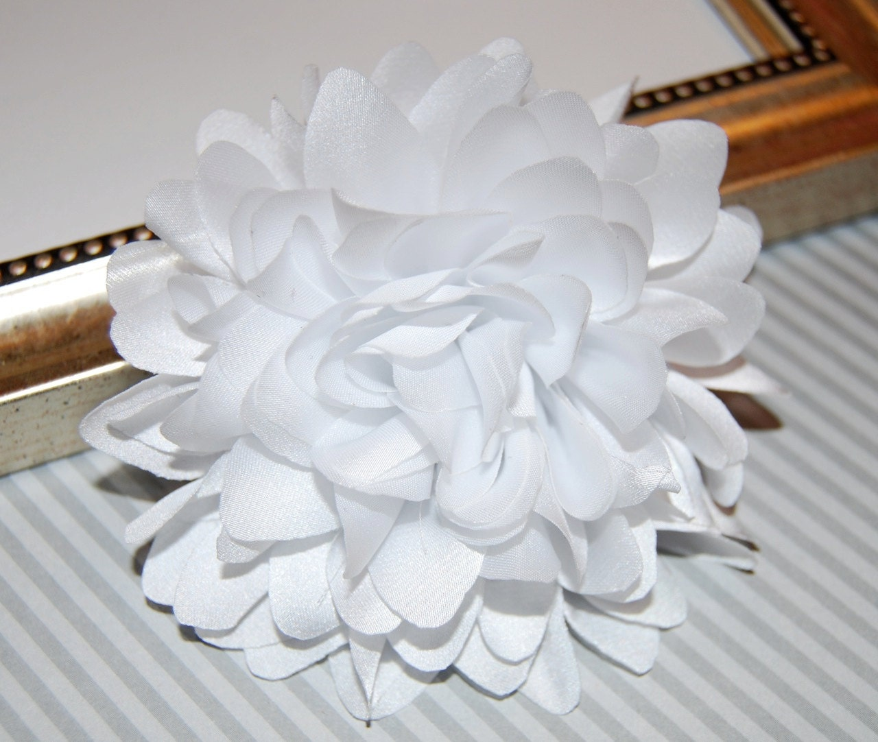 White Silk Flowers Dress Images