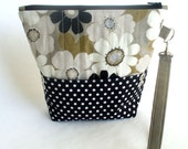 Quilted wristlet black and taupe modern floral cotton with zipper closure