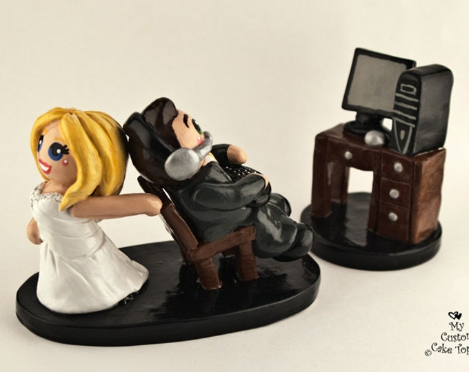 Computer Gaming Bride and Groom Wedding Cake Topper
