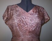 1950's Pink Taffeta w/ Burgundy Chantilly Lace Overlay w/ Silver & Gold Lurex Full Skirt Dress XXL