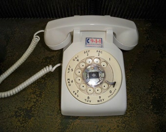 Vintage 1970's Western Electric White Rotary Desk Phone