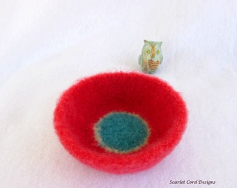 Crocheted Bowl, Felted Wool Bowl, Aqua and Coral Pink, Jewelry Organizer, Ready to Ship