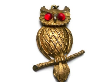 Retro OWL Pendant with Bright RED Eyes - Ornate GOLD Detail