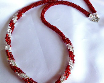 Beaded Kumihimo necklace - Lady in Red