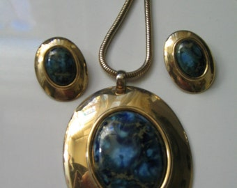 HUGE VINTAGE BERGERE Blue Marbled Necklace and Earrings Set Egyptian Style