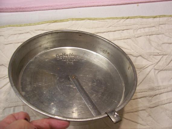 Bake King Cake Pan Vintage