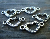 20 Silver Heart Connector Charms 16mm Antiqued Silver