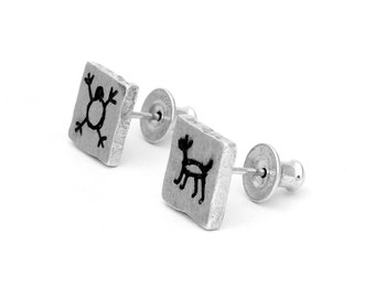CAPIVARA sterling silver oxidized brushed stud earring square rock art prehistoric cave painting