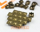 300Pcs 8.5mm Antique Brass Dotted Border PYRAMID STUDS Metal Studs (BDP08)