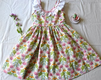 Vintage Inspired Pinafore Style dress Size 6