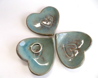 ring holder, ring dish, wedding favor,  party gift, turquoise heart dish,  Earthenware Pottery, Made to Order