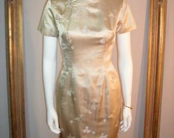 Vintage 1950/60's Beige Satin Asian Style Dress - Size 4