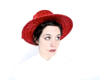 Vintage Hat . 1950s Lipstick Red Celluloid Straw Hat with Shiny Ribbon Trim