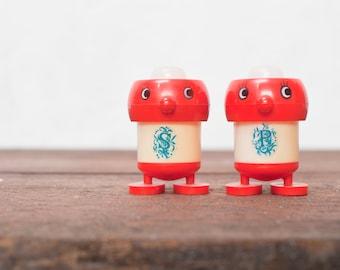 Vintage Salt and Pepper Shakers Vintage Red Adorable Salt and Pepper Shakers