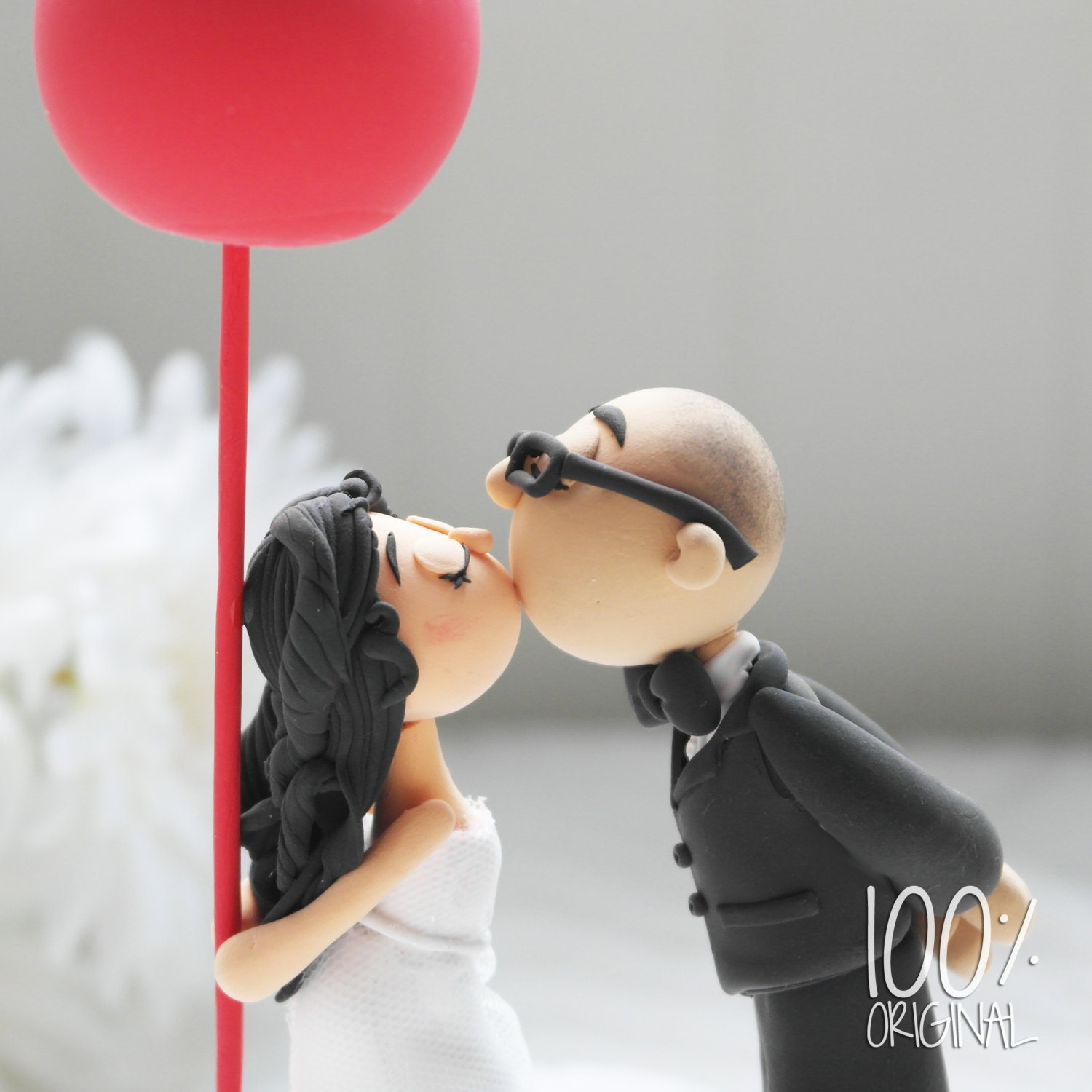 custom cake topper romantic kissing couple with a red balloon