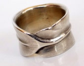 Vintage Matte Finish Sterling Silver Infinity Leaf  Ring sz 6.5