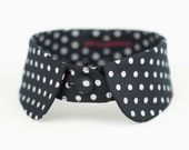 Collar with black and white polkadots, neck warmer, necklace
