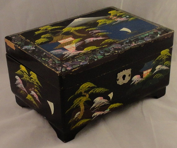 1950s Mt Fuji Black Lacquer Japanese Jewelry Music Box With