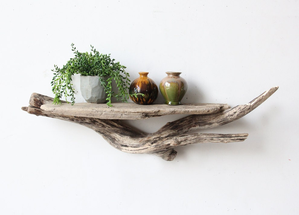 Large sculptural natural driftwood shelf for Sculpture murale bois flotte