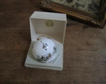 Vintage Bone China Pomander in original box TAYLOR of LONDON.