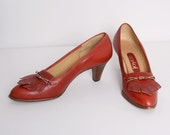 1970s Boho Stacked Heels / Vintage 70s Leather Pumps / Size 8