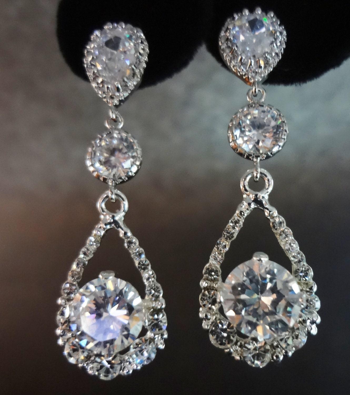 Bridal Jewelry // Crystal Rhinestone Earrings By QueenMeJewelryLLC