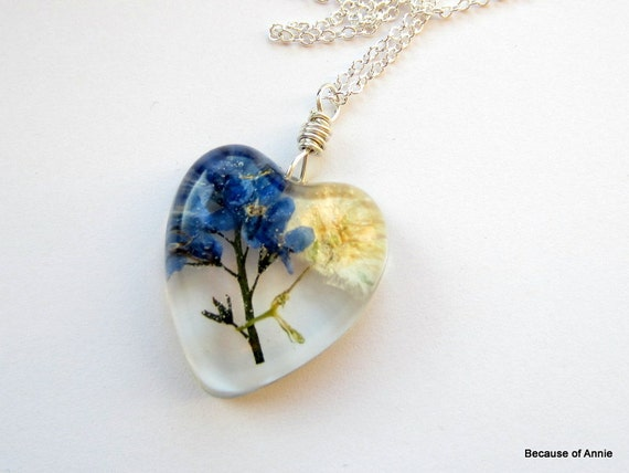 Real Pressed Flower Resin Necklace, Dried Flower Pendant, Forget Me Not Pendant, Real Flower Jewelry, Gypsophila, Sterling Silver
