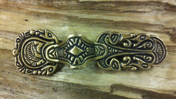 Scandinavian relief brooch- Equal arm V2