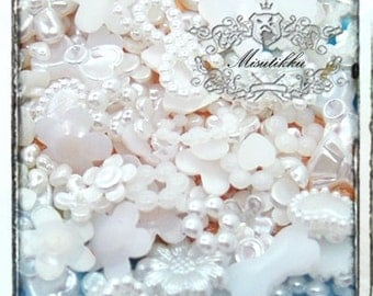 120 PCS X Mix Assorted White Small Size Tiny Pearlized Pearly Mini Heart Pearl Flower Rings Bow Ribbon Cabochon Resin Flat back (GK.ZWM12)