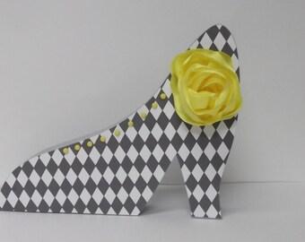 FREE SHIPPING!  Shoe wood home decor gray yellow harlequin