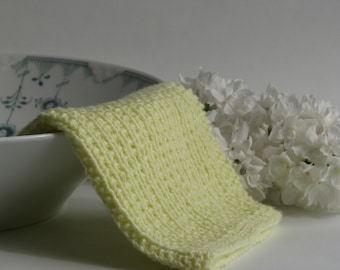 Hand knitted dish cloth - wash cloth - soft cotton pale yellow