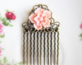 Pink Wedding Comb Pink Flower Hair Comb Shabby Chic Bridal Hair Comb Bride Head Piece Bridesmaid Gift Spring Summer Fall Wedding Blush Pink