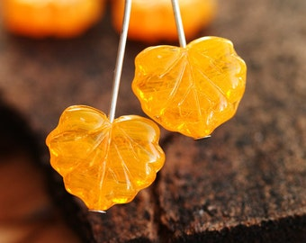 Czech leaf beads, Maple leaves, glass, Orange yellow, pressed  - 11x13mm - 10Pc - 543