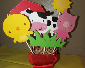 Farm Party Centerpiece Barnyard Party 6 piece set Pig, Chick, Cow, barn with age, grass, sun