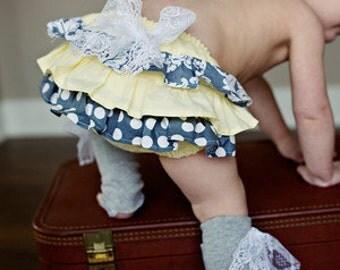Baby girl bloomer-Spring baby girl-diaper cover-ruffle diaper cover-ruffle bloomer-Yellow and grey bloomer-Fall-Baby Girl-Photo Prop