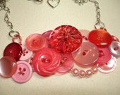 Vintage Button Necklace - FANCY THAT -Vintage Jewelry - PINK  -Vintage Buttons