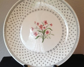 Vintage Cunningham & Pickett, Inc. Luncheon Plate Rimmed with Silver leaf Greek Key with a Bouquet of Pink Flowers as a Centerpiece