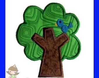 Tree with Birdie Applique design